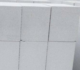 砂加气自保温砌块